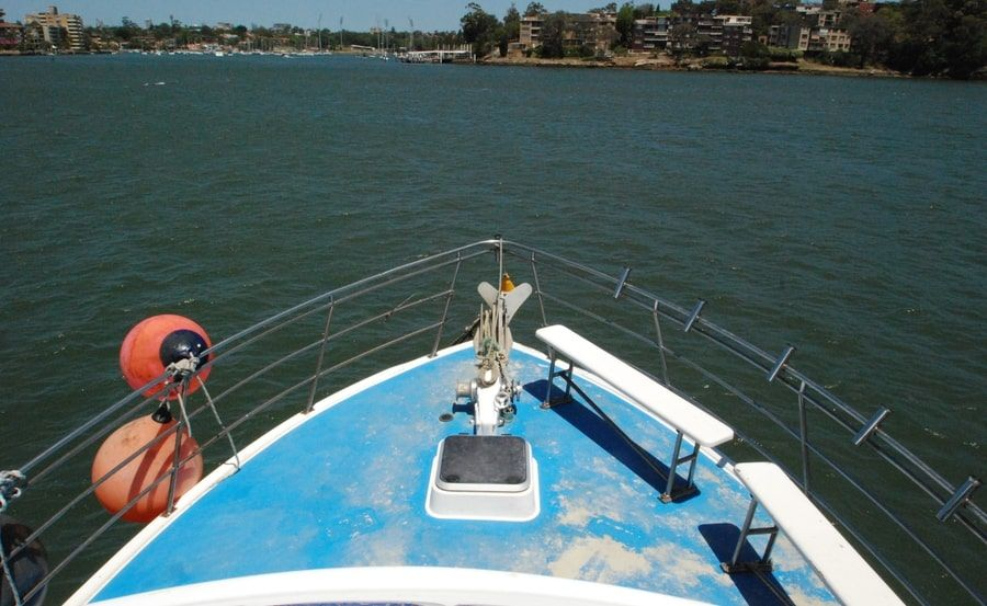 Avalon Boat Hire - foredeck