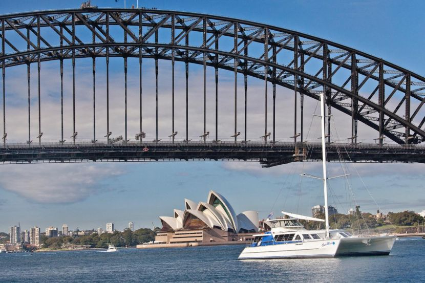 Christmas cruise on Aussie Magic with Harbour Bridge background