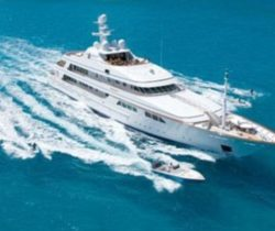 Superyachts, Celebrities and Sydney Harbour