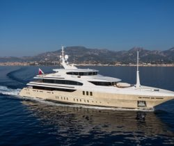 Candy Brothers - SuperYacht 11.11