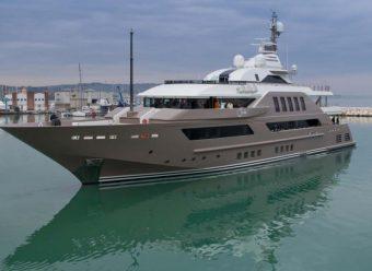Jade Super Yacht