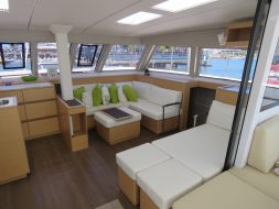 boat-hire-on-Nordic-Dream-internal-lounge