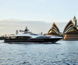 Top 5 Super Yachts Available For Your Christmas Party